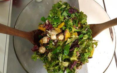 Receta: Ensalada de mozzarella, mango y jamón