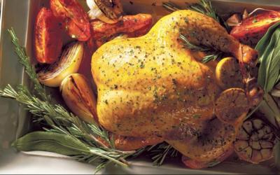 Comida de Navidad: Pollo de Navidad rostizado con romero y aceite de oliva