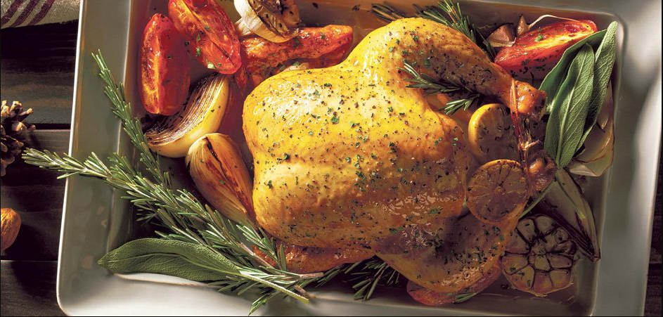 Comida de Navidad, pollo rostizado con romero y aceite de oliva